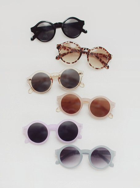 92l8t5-l-610x610-sunglasses-round-glasses-tumblr-retro+round+sunglasses-summer+hipster-cool+sunnies-sunnies-pastel+sunnies-colors-brand-summer-pink+sunglasses-retro+sunglasses-round+sunglasses